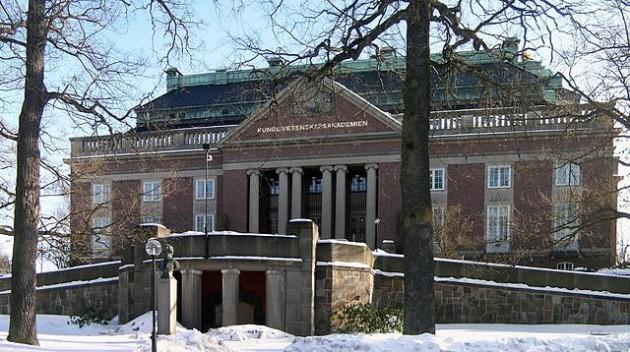 L'Académie royale des sciences de Suède, qui décerne les prix Nobel de Physique et de Chimie / Ph. Dontworry via Wikimedia Commons, CC BY SA 2.5