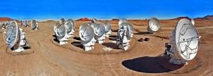 Une trentaine d'antennes du réseau Alma ont été utilisées pour observer HL Tauri. Afin d'obtenir la meilleure image possible, le réseau a été utilisé dans sa configuration extrême, certaines antennes étant séparées par 15 kilomètres. Alma se trouve à 5000 mètres d'altitude sur le plateau de Chajnantor, au Chili. Photo ESO.