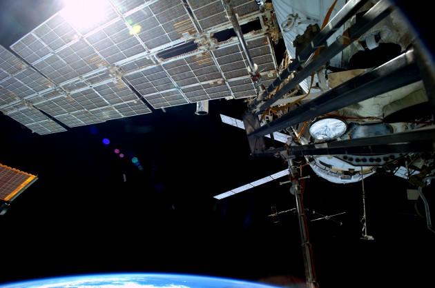 La Station spatiale internationale a dû être remorquée pour éviter la collision (ESA/NASA)