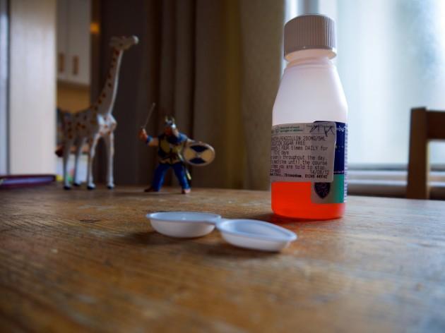 L'imprécision des dosettes est l'une des principales cause d'erreur de dosage (Ph. Kate Hiscock via Flickr CC BY 2.0)
