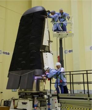 Une vue sur le bouclier thermique de la capsule (Ph. ESA)