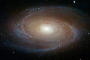 La galaxie spirale M 81 de la Grande Ourse, photographiée par le télescope spatial Hubble. Photo Nasa/ESA/STSCI.