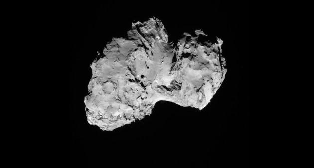 La sonde Rosetta, qui a quitté la Terre en mars 2004, a atteint son objectif, la comète Churyumov-Gerasimenko, en août 2014. En novembre, sa mission a abouti : elle y a posé avec succès son atterrisseur, le robot Philaé. – Photo ESA.