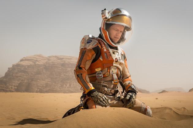 Matt Damon joue les Robinson Crusoé sur Mars, ou comment résoudre une succession d'énigmes scientifiques tout à fait sérieuses. - Ph. TM & Tentieth Century Fox 2015
