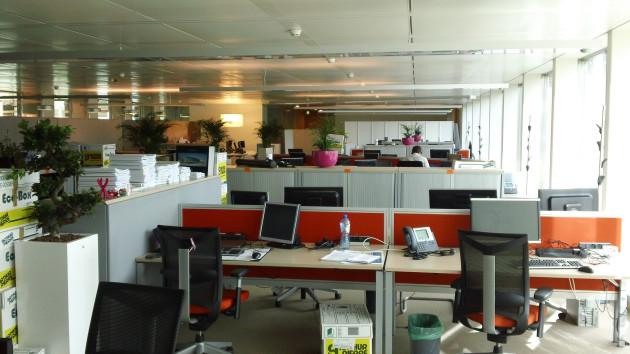 Les employés de bureau verraient leurs facultés cognitives diminuées par l'air vicié qui y circule (Ph. Jean-Etienne Minh-Duy Poirrier via Flickr CC BY 2.0).