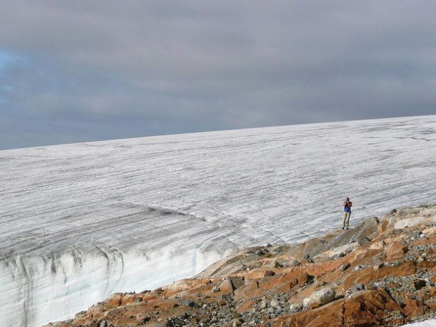 Les glaces du Groenland se font de plus en plus grises - Ph. Kittyfotos / Flick / CC BY 2.0