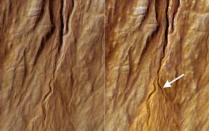 Les planétologues observent désormais les changements de morphologie des terrains martiens en direct, grâce au satellite Mars Reconnaissance Orbiter, capable de discerner des détails de moins d'un mètre à la surface de Mars. Ici, à quelques mois d'intervalle, une ravine martienne est apparue sur le flanc d'un cratère. Photo Nasa.