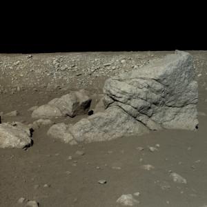 Les images transmises par Chang'e 3 et Yutu n'ont rien à envier aux photographies prises entre 1969 et 1972 par les douze astronautes américaines qui ont marché sur la Lune. Photo CNSA/Emily Lakdawalla.