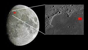 La sonde Chang'e 3 s'est posée en décembre 2013 en bordure de la mer des Pluies: le site d'alunissage est marqué sur ces images par un petit drapeau chinois. Photos S.Brunier/Nasa.