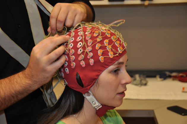Une expérience avec des électrodes a permis de dévoiler le centre de la compréhension du langage (Ph. Simon Fraser University via Flickr CC BY 2.0).