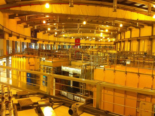 La chambre principale du synchrotron britannique, le Diamond light source, où a été réalisée l'expérience - Ph. londonmatt / Flickr / CC BY 2.0