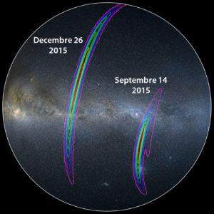 """Avec ses deux antennes de détection, l'interféromètre Ligo est actuellement très myope. Voici les deux immenses régions du ciel où ont pu avoir lieu les deux fusions de trous noirs détectées les 14 septembre et 26 décembre 2015. Quand Virgo s'associera à Ligo, la précision de mesure, c'est à dire la résolution du """"télescope gravitationnel"""" que les trois antennes synthétiseront, sera spectaculairement améliorée. Document Ligo."""