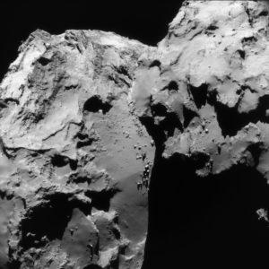 La comète Churyumov-Gerasimenko, photographiée par la sonde européenne Rosetta en juin 2016. Photo ESA.